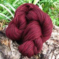 Marfil Worsted Granate