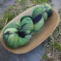 Marfil Lace Hand dyed Verds